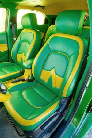 Kia-Rio-hatchback-Aquaman-seats-682x1024